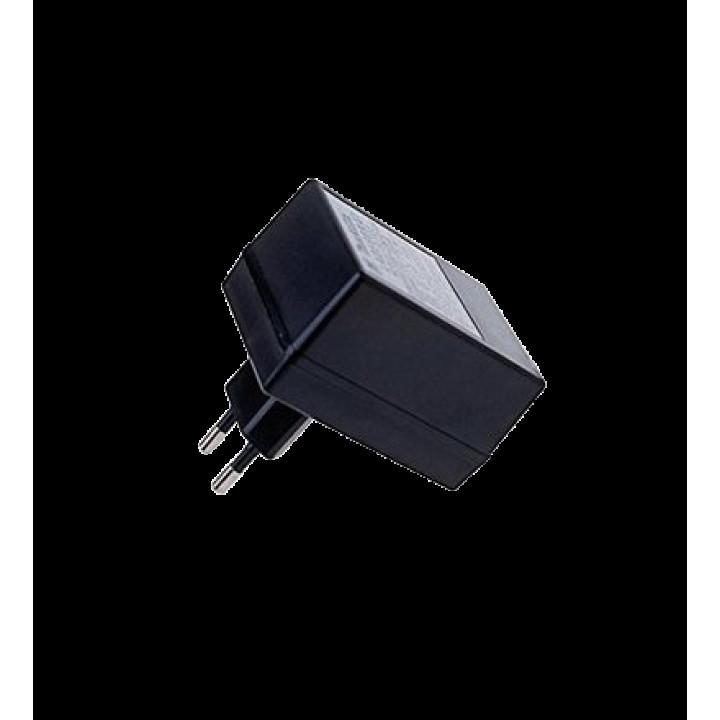 Зарядное устройство Makita ADP07 630A38-3